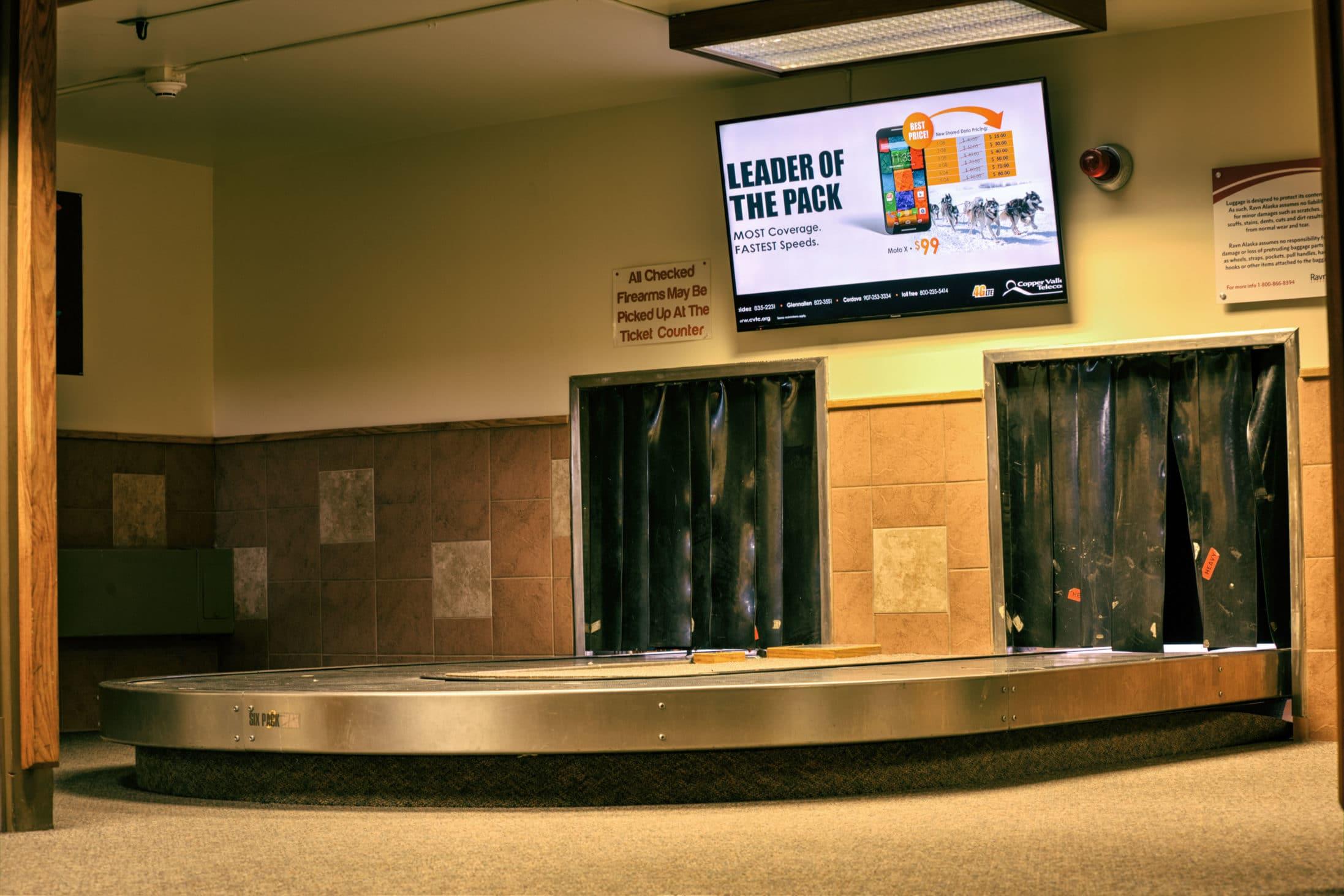 2015-3-31_063_2015-03-31_BTS_Airport-AdvertisingAnd4more_tonemapped-Edit